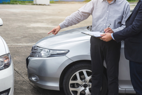 assessing car accident damage